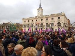 El PSOE de Alcalá sale a la calle para apoyar los paros del 8M