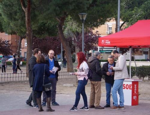 Los socialistas de Alcalá, con los vecinos y vecinas de San Isidro