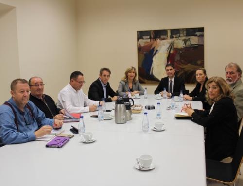 El alcalde y diputados regionales socialistas se reúnen con los agentes sociales para tratar la situación del Plan Activa Henares