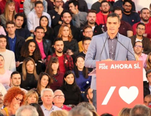Pedro Sánchez abarrota el Pabellón de Espartales