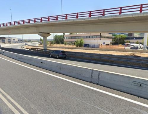 El puente sobre la M-300, clausurado durante al menos 7 meses por problemas estructurales 9 años después de su inauguración